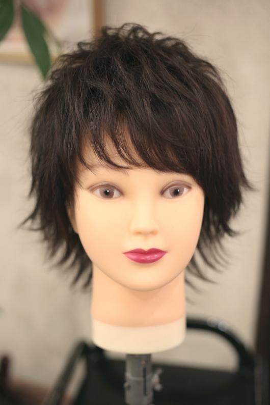 逆三角の顔型の人に似合う髪型